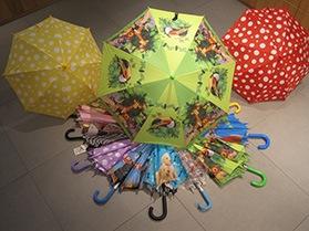 Kinder Schirme